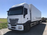 5030450-camion-iveco-isotherme